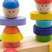 Каталка с пирамидками «Мальчик и девочка», Мир деревянных игрушек