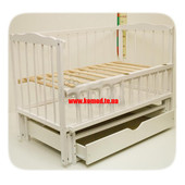 Белая кроватка-маятник