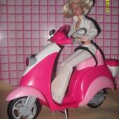 Мотоцикл, скутер для Барби фирмы Маттел.