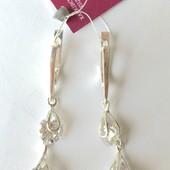 Новые красивые серебряные серьги с куб.цирконием Серебро 925 пробы