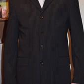 Деловой костюм 48-50 р.