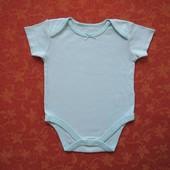 Бодик на 6-9 месяцев, б/у. Хорошее состояние, без дефектов. Длина от плеча застегнутого 39 см, ширин