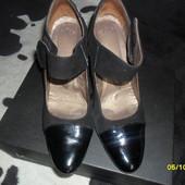 Кожаные туфли р. 39