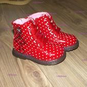 Оригинальные ботиночки в горошек для юных модниц
