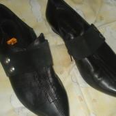 шкіряні туфлі36р(23.3см-стан нових,1р б.в
