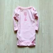 Нежный розовый бодик для девочки. Next. Размер 0-3 месяца. Состояние: хорошее. Состав: 100% хлопок.