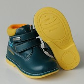 демисезонные ботинки для мальчика 3 модели цвета