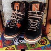 ботинки испанского бренда