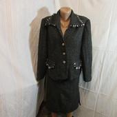 Продам костюм (52 размер)