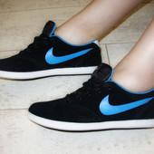 Кроссовки черные Nike Т598
