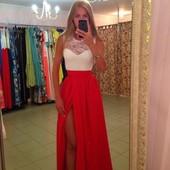 Хит! Платье с гипюром и яркой юбкой