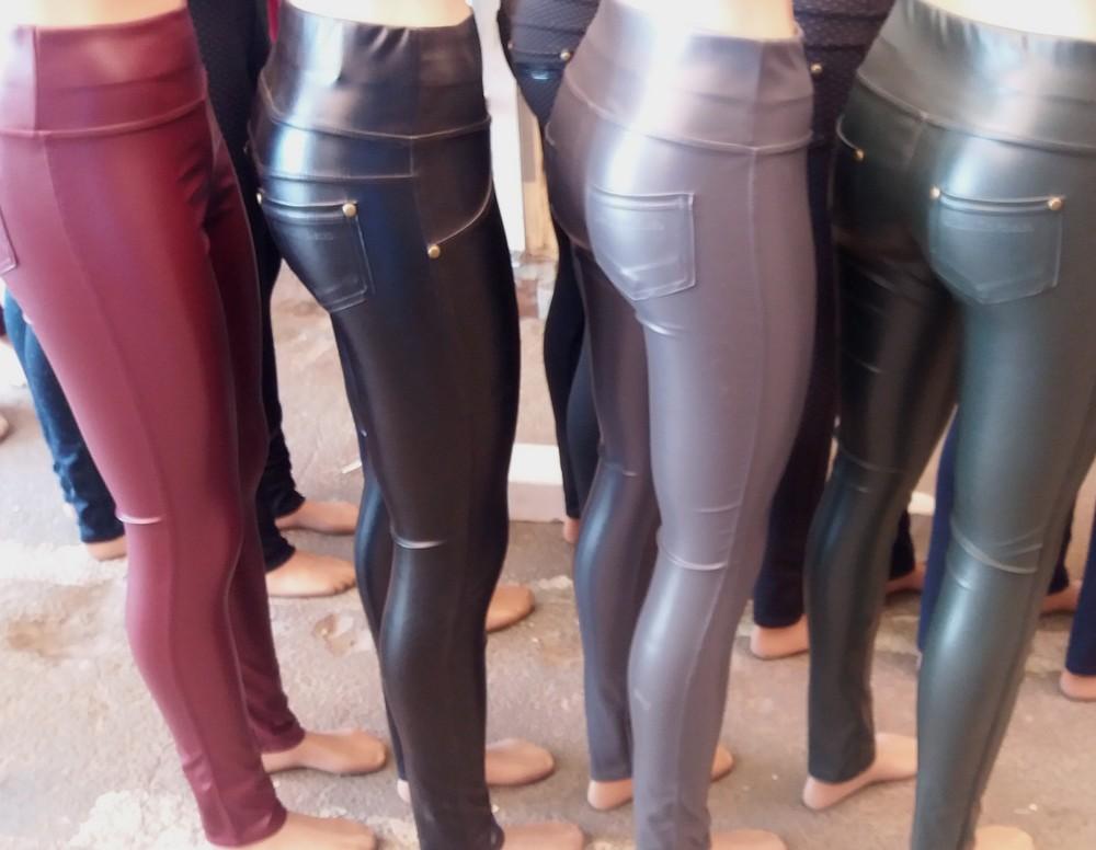 Модные женские лосины из эко кожи на меху,размеры 42-58,цвета разные фото №1