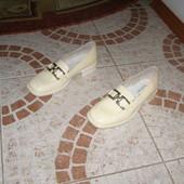 Туфельки 32 розмір шкіра Італія див фото