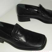 Туфлі Італія 35 розмір в асортименті див фото шкіра