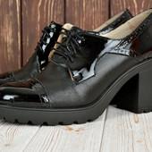 Туфли ботинки на шнурках(кожа, фабрика)