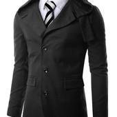 Приталенная куртка с капюшоном
