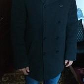 Мужское пальто (шерсть) 48-50 размер.