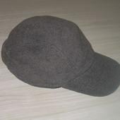 Флисовая мужская кепка. На Ог 58-60. Состояние нового.