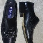 кожаные туфли Escoda