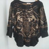 Шикарный свитер размер S-M