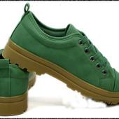 Женские ботинки зеленые