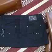 Черная джинсовая юбка с люверсами