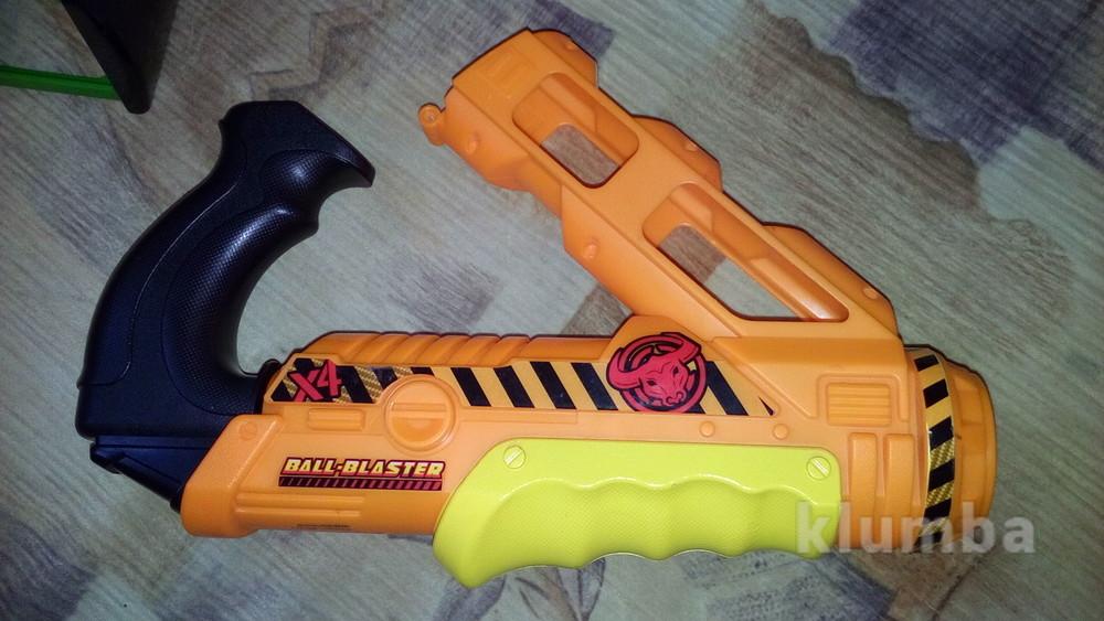 Пистолет бластер ball blaster фото №1