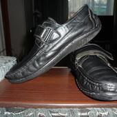 кожаные мокасины-туфли 33 разм. 22 смстелька