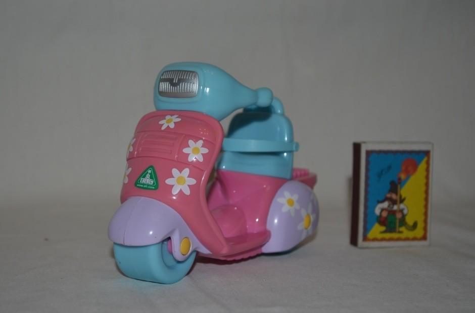 Rosie's world elc мир рози мотороллер скутер фото №1