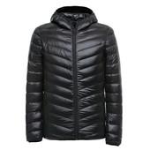 В наличии.Куртка Ultra light 90% белий утиний пух .Пуховик водонепроницаемый.Демосезонка.