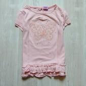 Стильная футболочка для девочки. F&F. Размер 4-5 лет. Состояние: отличное