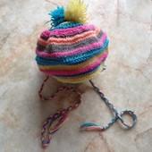 Вязанная шапка на девочку на возраст примерно 12-24 мес