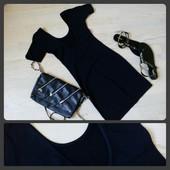 Стильне плаття міні з відкритою спинкою розмір М
