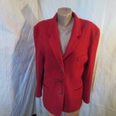 Продам пиджак-полупальто