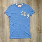 Удлиненная футболка Superdry.