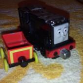 железный паровозик поезд Томас
