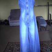 Комбінезон  джинсовий. Класний. Only Jeans
