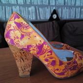 Продам яркие летние туфли Блинк