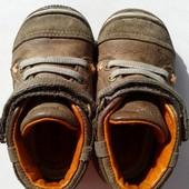 Кожаные пинетки-кроссовки Stride Rite. 12,5 см стелька. 21 размер.