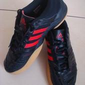 Срочно! Снизила цену! Фирменные  кроссовки Adidas (оригинал) 38 размер. стелька 24 см
