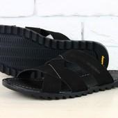 Мужские тапочки черного цвета из нубука
