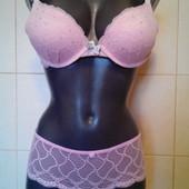 очень красивый новый розовый бюст Hunkemoller,eur 75B,eu 90B,с камушками