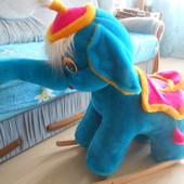 Слоник-качалка для малышей