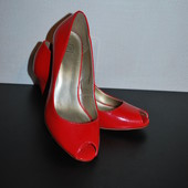 Новые туфли размер 37 TU