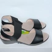 Кожаные босоножки Zenden. Новые черные сандалии, натуральная кожа