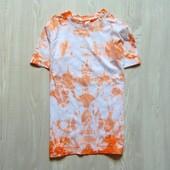 Стильная футболочка в разводы для мальчика. Размер 7-8 лет. Состояние: отличное