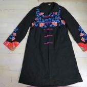 дизайнерское пальто на 10-8р новое
