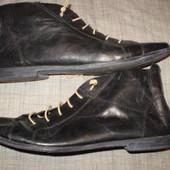 стильные  кожаные  ботиночки  ф. Formenterra   размер  39 - 25.5  см