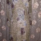 Легкое платье приятной расцветки
