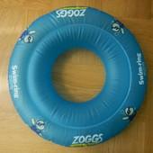 Надувной круг Zoggs до 3 лет 15 кг. Очень качественный и надежный - двухкамерный и отверстие внутри